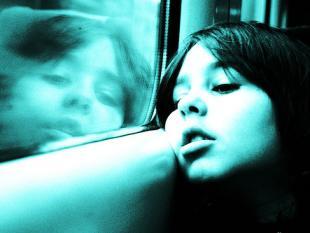 Koorts heft autisme tijdelijk op: nieuwe behandeling?