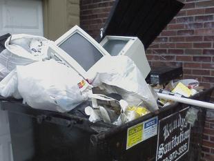 E-afval te vaak nog gewoon de afvalbak in