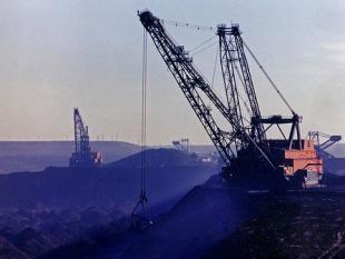 Oliewinning uit Canadees teerzand: booming business en milieuramp