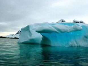 Zeespiegel stijgt minder dan gedacht bij afbrokkelen Zuidpoolijs
