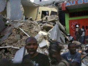 Eigen belangen hulporganisaties verergeren chaos bij ramphulpverlening