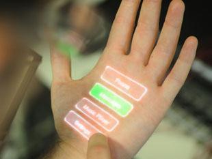 Mobieltje wordt muis, hand een touchpad