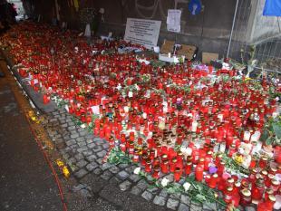 Universiteit Wuppertal zoekt beelden Love Parade