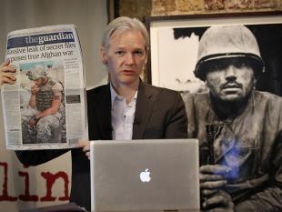 Europese Commissaris bezorgd over cyberaanvallen op Wikileaks