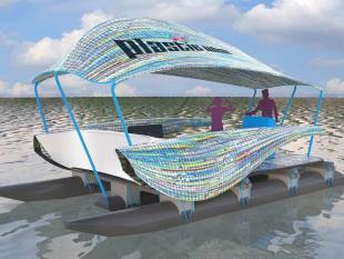 Een plastic boot van plastic soep