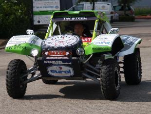 Eerste elektrische Dakarbuggy gaat als een speer