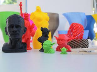 3D-printer kan alles maken: van auto-onderdeel tot nieuwe knie