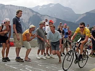 Hoe heet werd Lance armstrong op de Alpe d