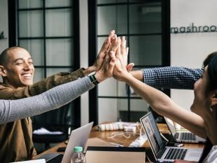 Twee derde Nederlanders levert helft loon in voor leuker werk