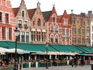 Een op zes Nederlanders schaamt zich voor tafelmanieren partner