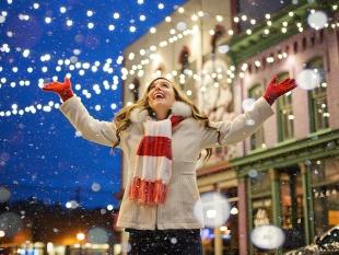 Een op drie werkende Nederlanders ziet kerstborrel als verplichting