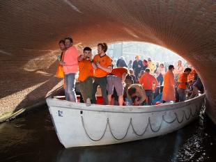 Groot deel Nederlanders niet te spreken over Koningsdag