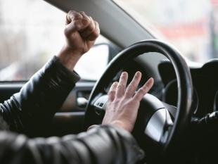 Zeven op tien Nederlanders vindt agressie in verkeer toegenomen