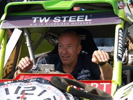 Tim Coronel in zijn nieuwe elektrische buggy