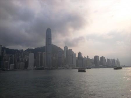 De skyline van Hong Kong.